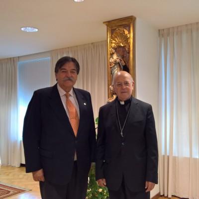 El Presidente de la CEE (Conferencia Episcopal Española) recibe al Presidente de OMAEC