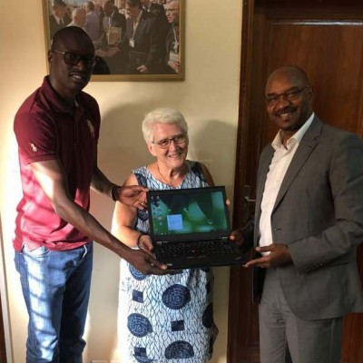 OMAEC SOLIDARITY – delivery of computers