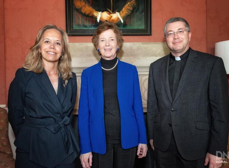 FIUC-Federación Internacional Universidades Católicas)
