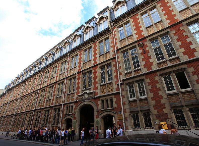 FIUC-El futuro de nuestras Universidades